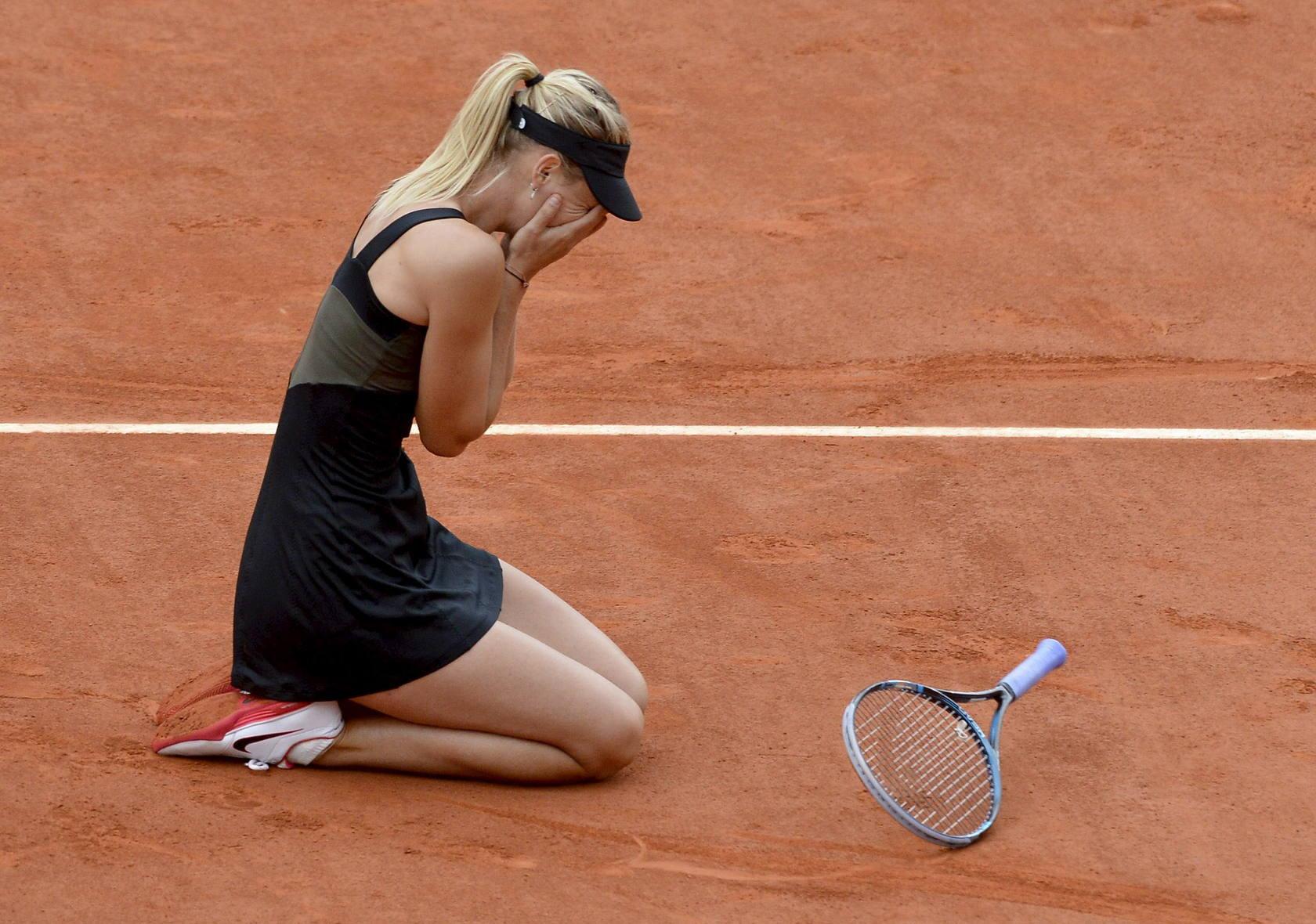 Sharapova derrota a Errani y logra su primer título en Roland Garros